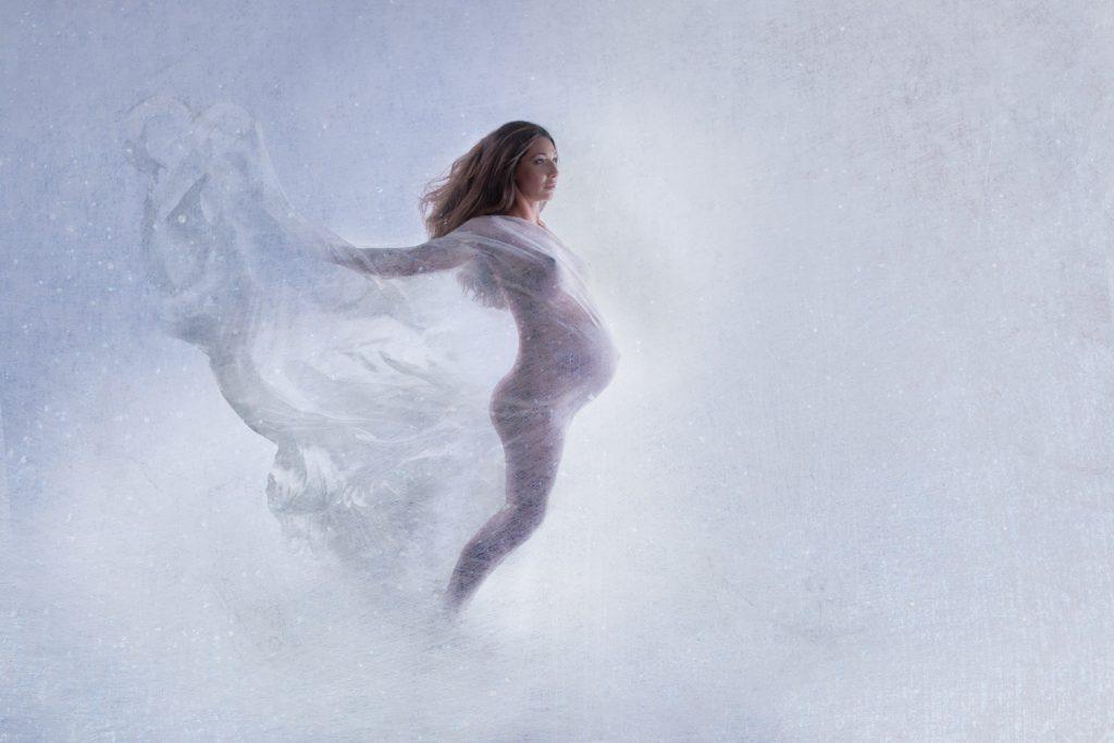 art portrét, portrét tehotenský, zilina, fotenie, slovenská fotografka, bohyna