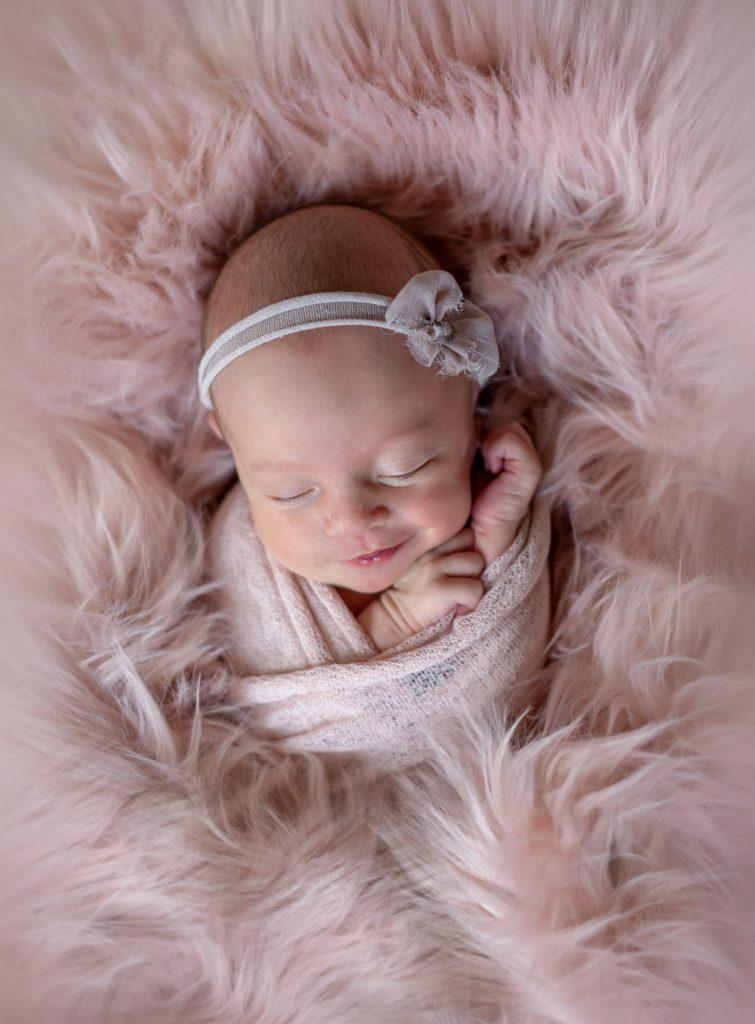 prvé spomienky, ružová, novorodeniatko a fotenie Žilina